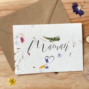 Maman carte poétique aux fleurs séchées